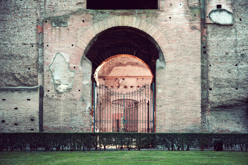 Baths-of-Caracalla_02.jpg