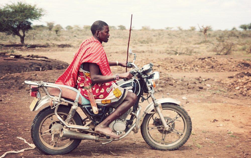 Day06_Maasai-Christmas_09.jpg