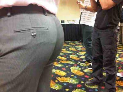 rob-kardashian-butt_2.jpg