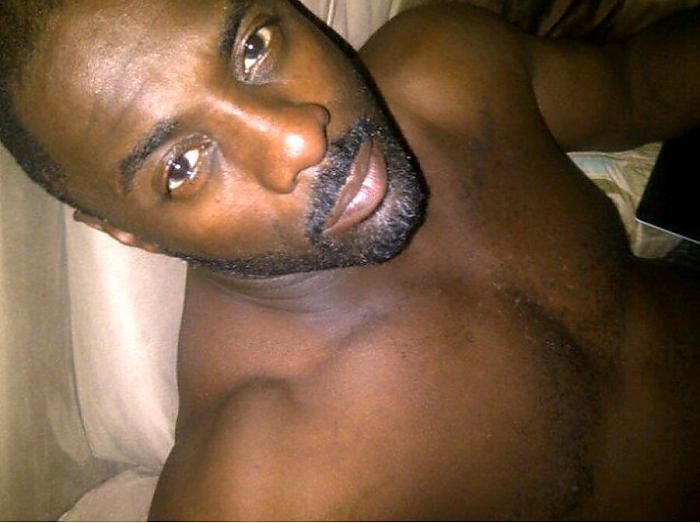 Idris-Elba-shirtless.jpg