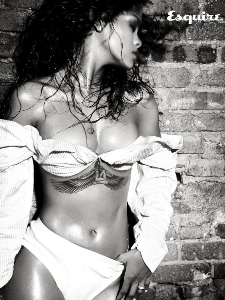 Rihanna_Esquire-13.jpg