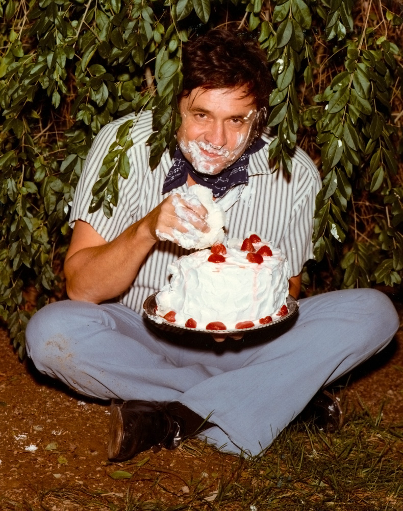 Johnny Cash eats cake and you should too!