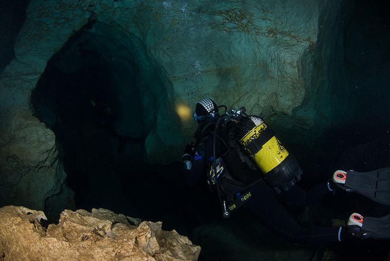 Exploring a karstic cave