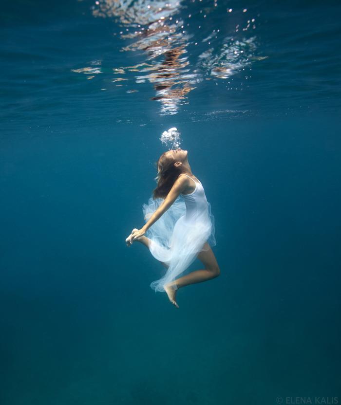 underwater_elena_kalis79.jpg