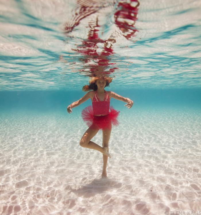 underwater_elena_kalis85.jpg