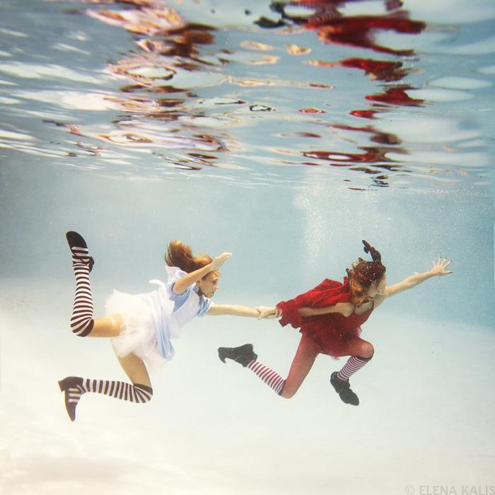 underwater_alice10.jpg