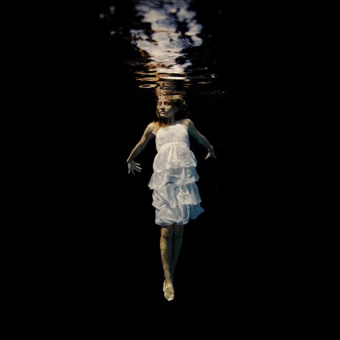 underwater_dark22.jpg