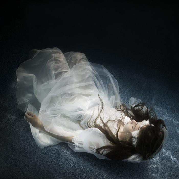 underwater_dark10.jpg