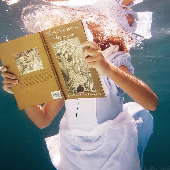 underwater_alice03.jpg