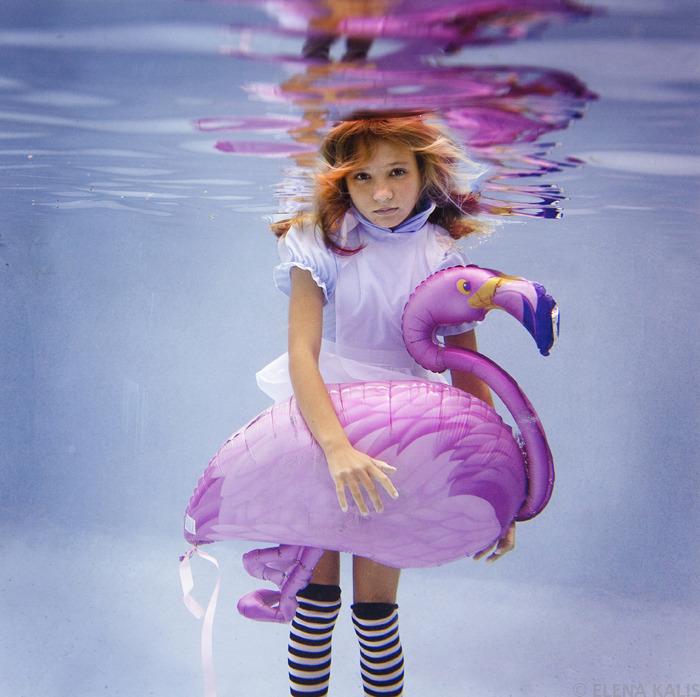 underwater_alice09.jpg