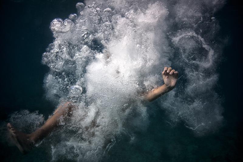 underwater_elena_kalis59.jpg