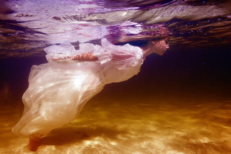 underwater_elena_kalis65.jpg