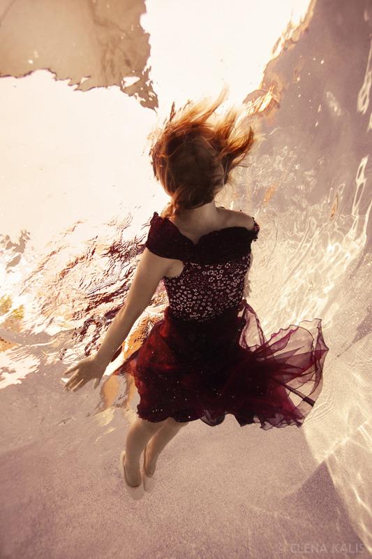 underwater_elena_kalis16.jpg