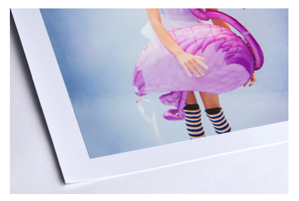 The full paper size includes 2.5 cm (1 in.) border on each side reserved for collector's choice in matting and framing .