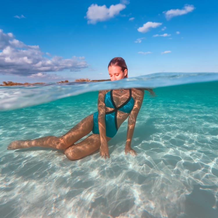 bahamas_girl2.jpg