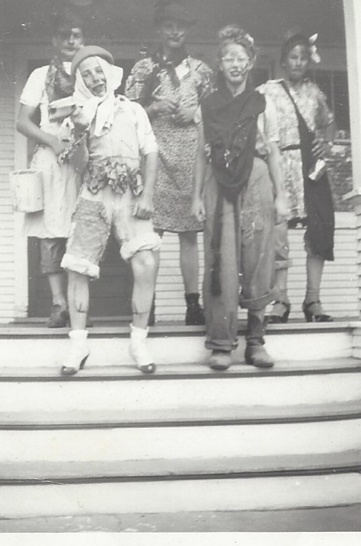 halloween 1946.jpg
