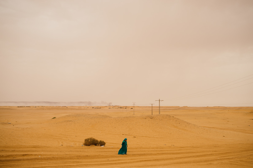 A Sahrawi woman walking near Rabouni.