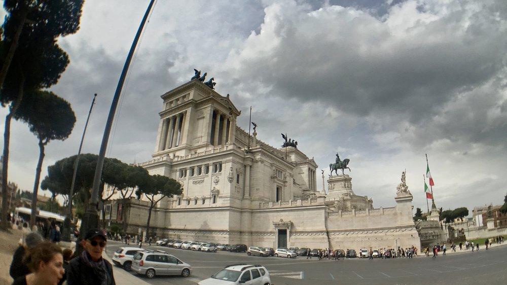 Italy-180503-105150.jpg