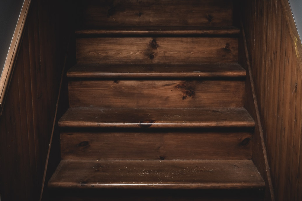 008_laROQUE_stairs.jpg