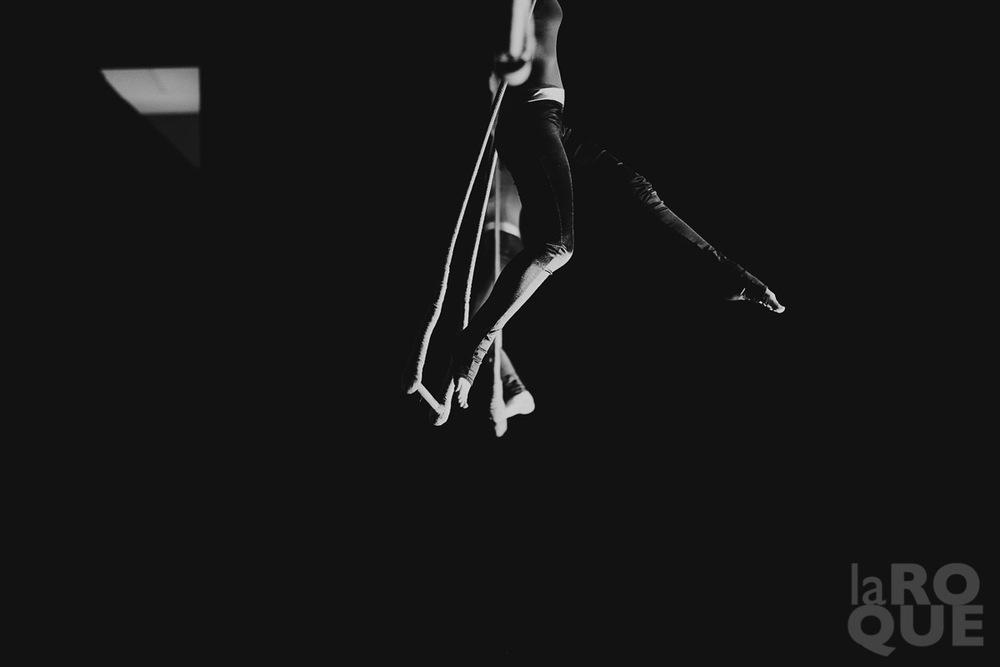 LAROQUE-acrobat-03.jpg