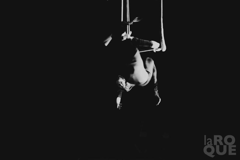 LAROQUE-acrobat-05.jpg