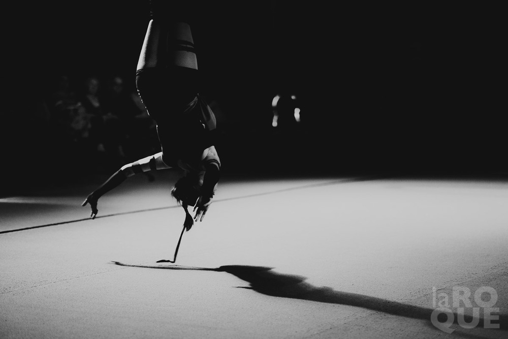 LAROQUE-acrobat-12.jpg