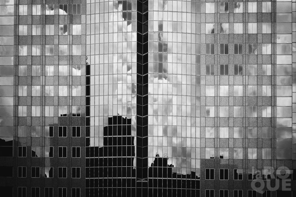 LAROQUE-urbanites-mono-01.jpg