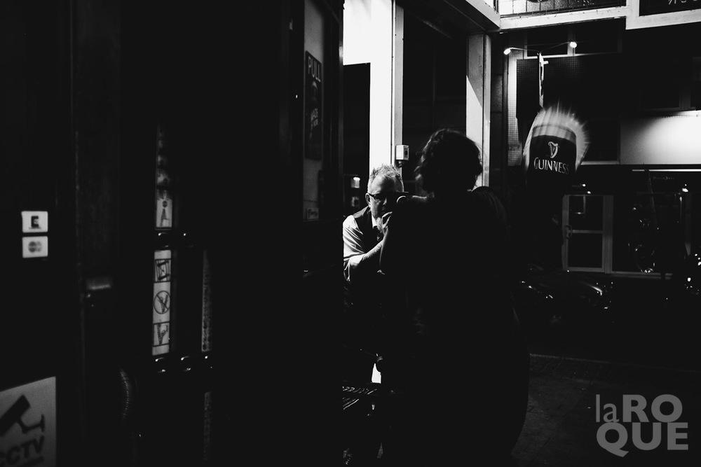 Zack shooting an impromptu portrait outside the pub...