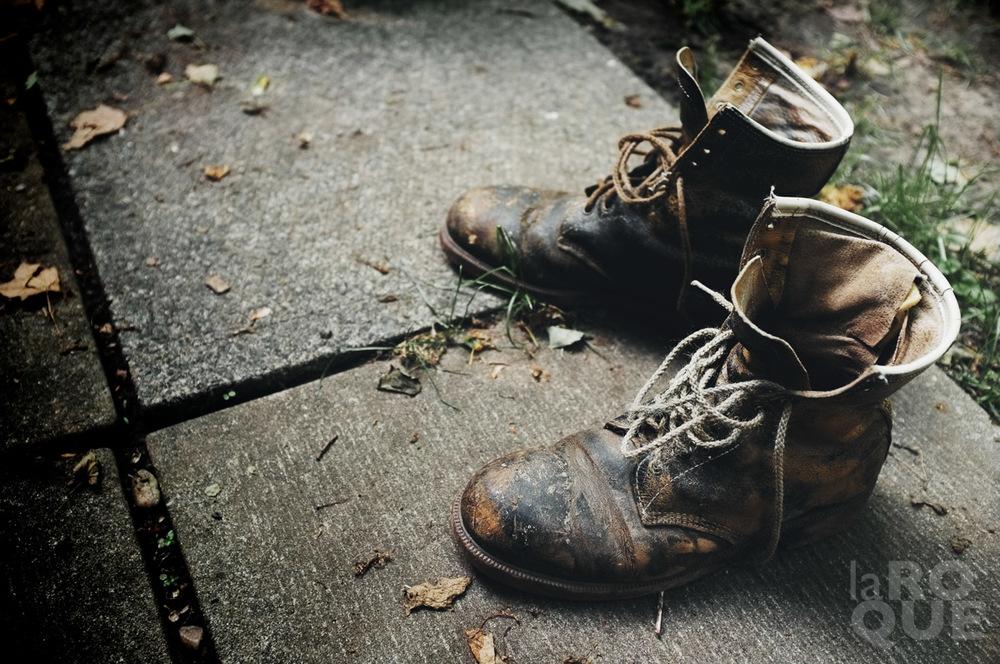 LAROQUE-boots-03.jpg