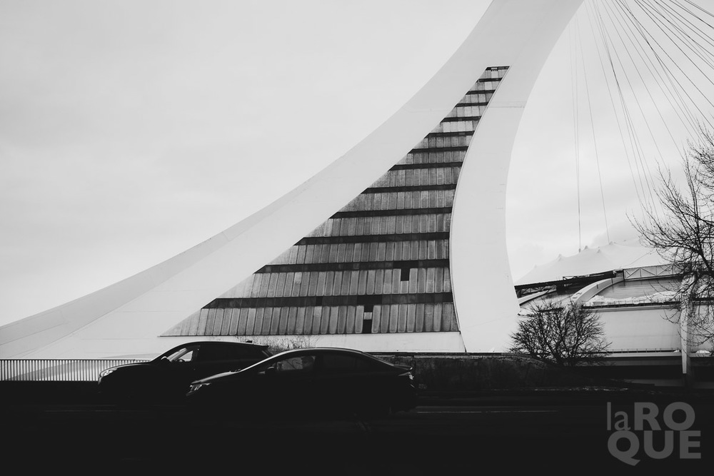 LAROQUE-montreal-under-gray-02.jpg