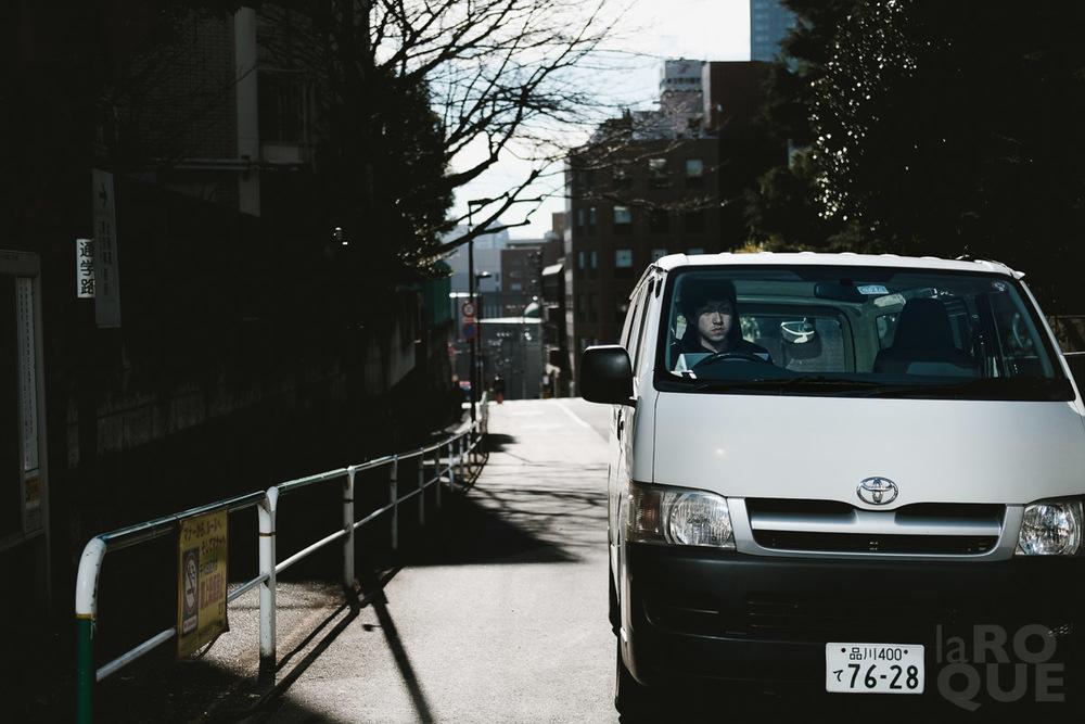 LAROQUE-tokyo-III-2-01.jpg