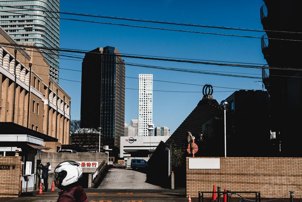 LAROQUE-tokyo-III-2-04.jpg