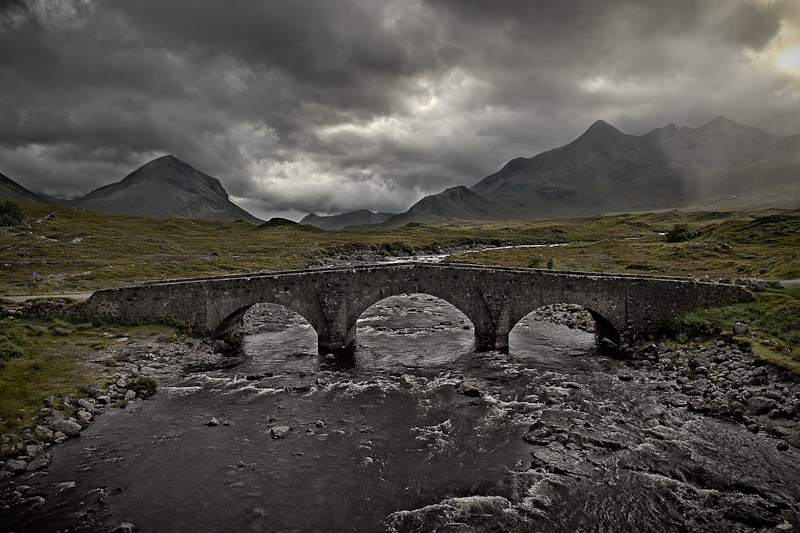 Sligachan Bridge Skye 069 by Victor Harris.jpg