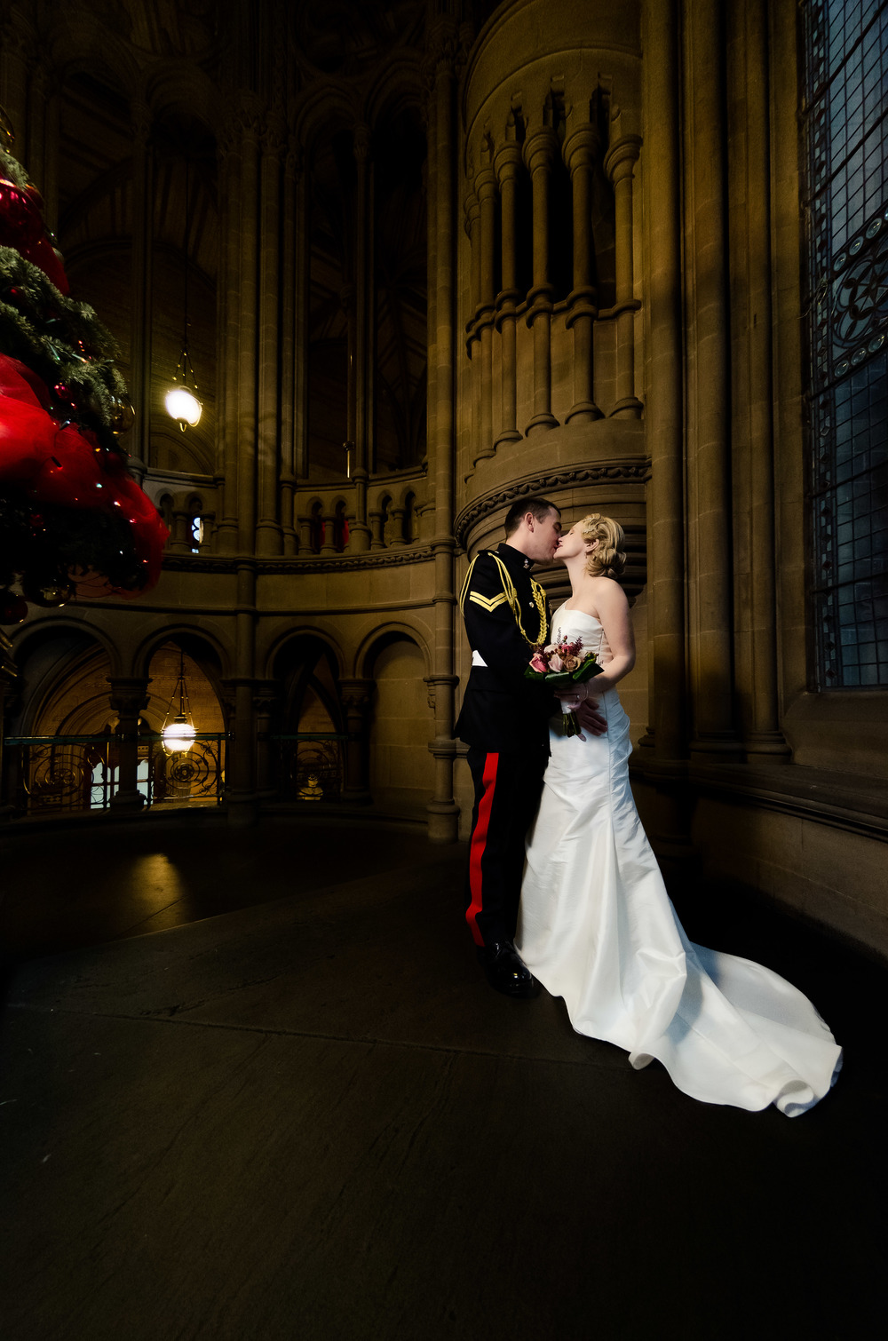 When Dan & Zoe married in Manchester's Town Hall the architecture made the most fantastic backdrop that simply had to be captured.
