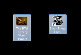 Drag a tiff image onto the Smart Photo Editor desktop icon and it should launch with chosen image. If not then it won't be possible to integrate Lightroom.