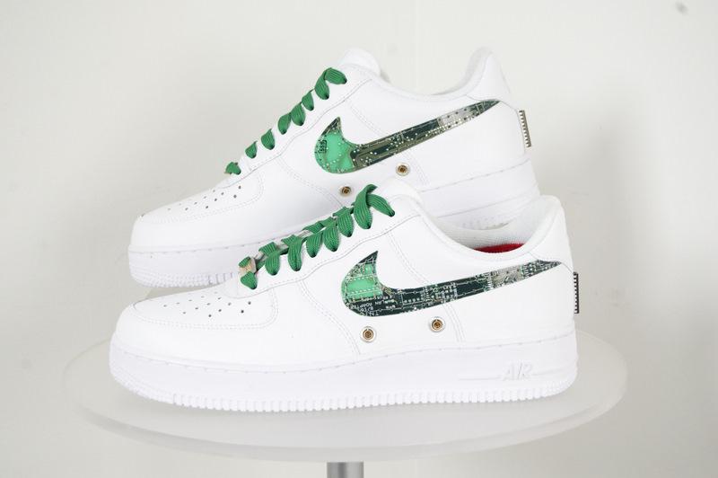 Shoe-PS.JPG
