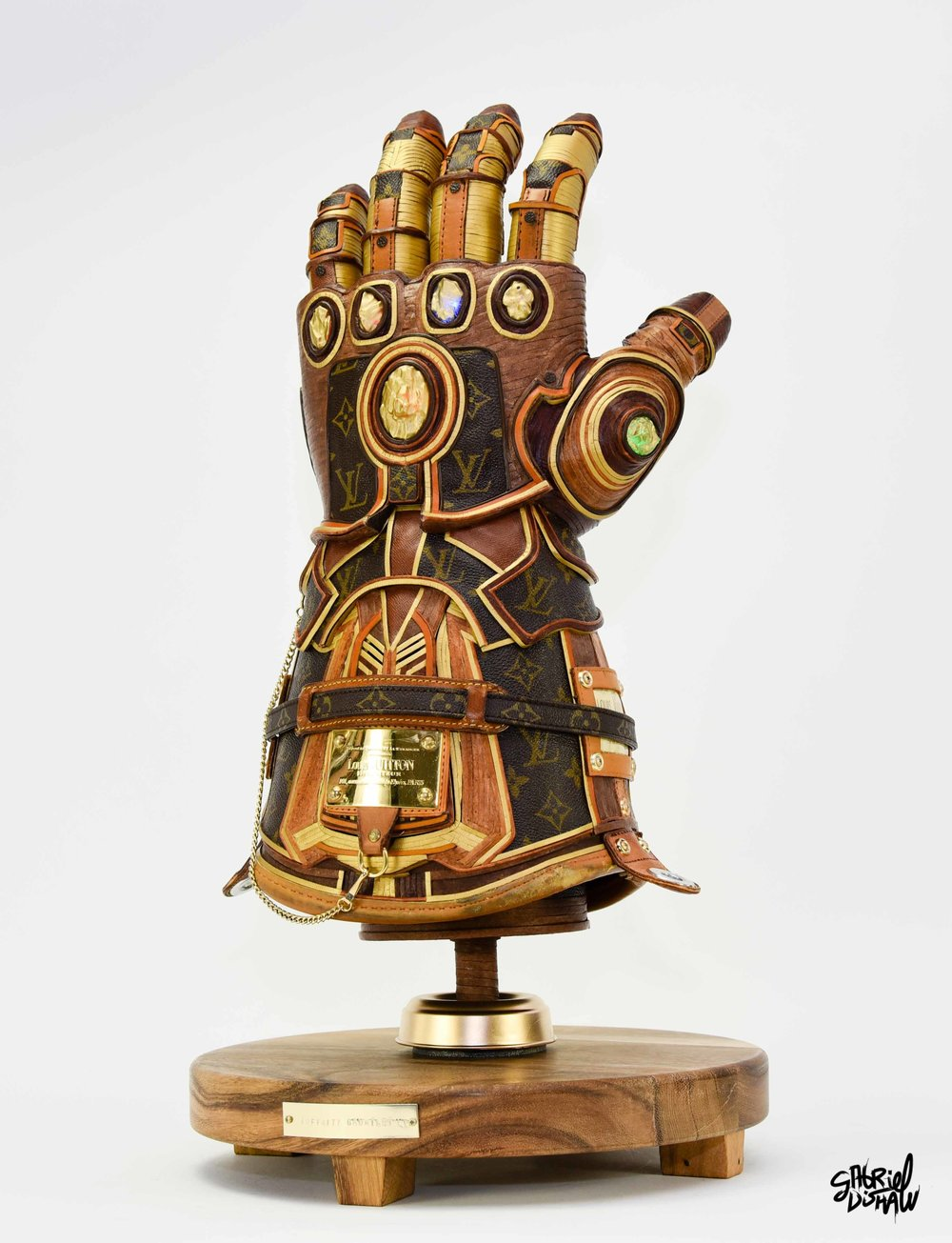 Gabriel Dishaw Infinity Gauntlet LV-9114.jpg