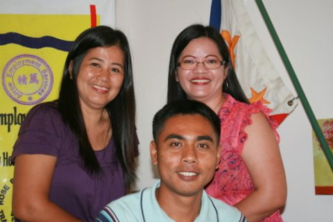 Rowena Abalos, Nely Reclusado, and Alex Cabrera prepare Arrow applicants