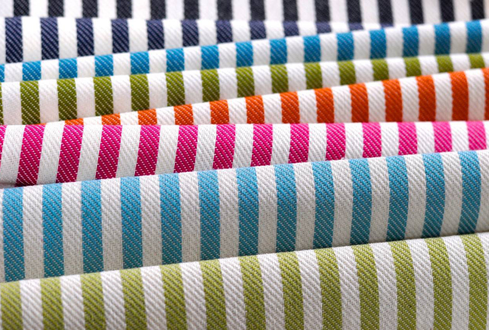 Stripes in Form