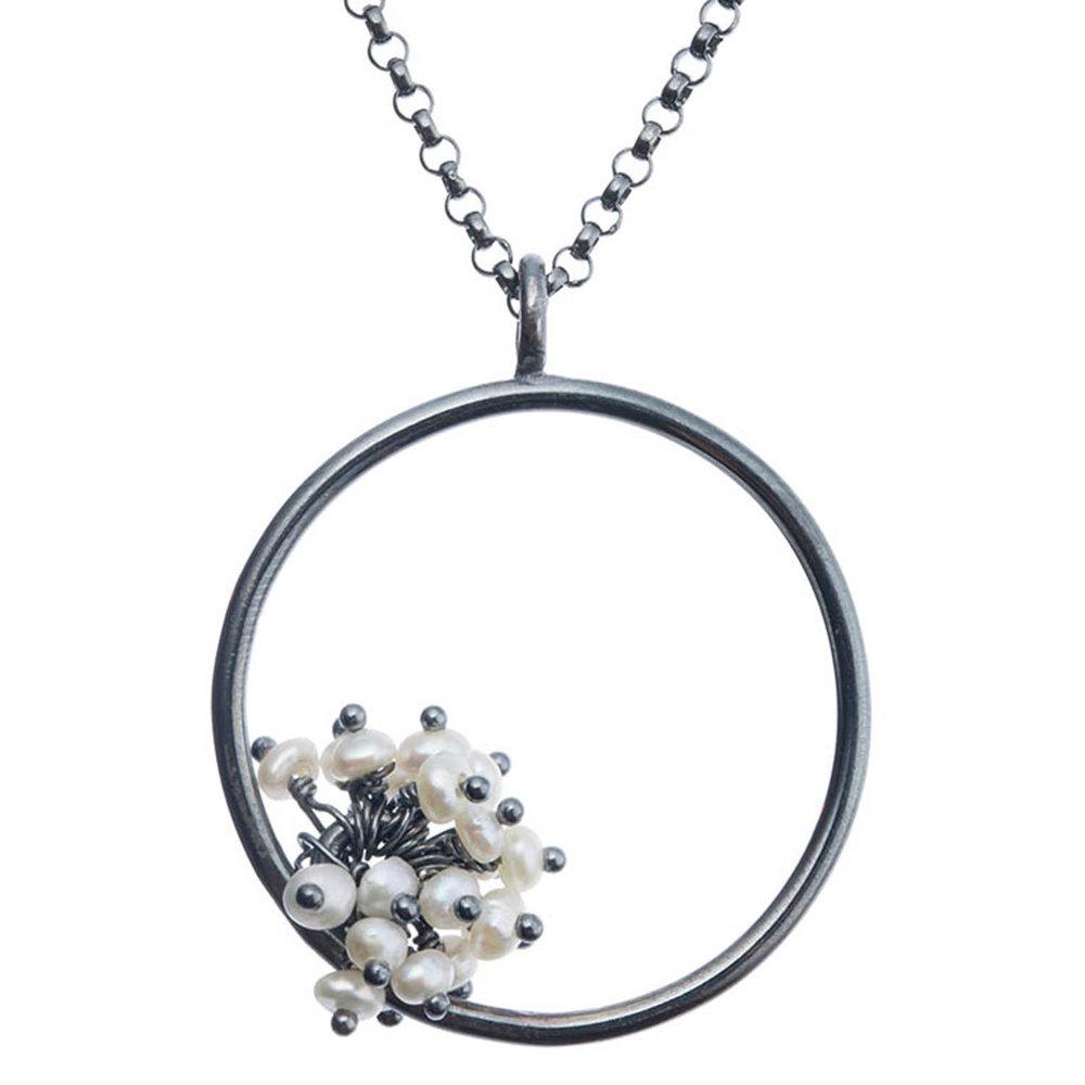 Adva large pearl pendant