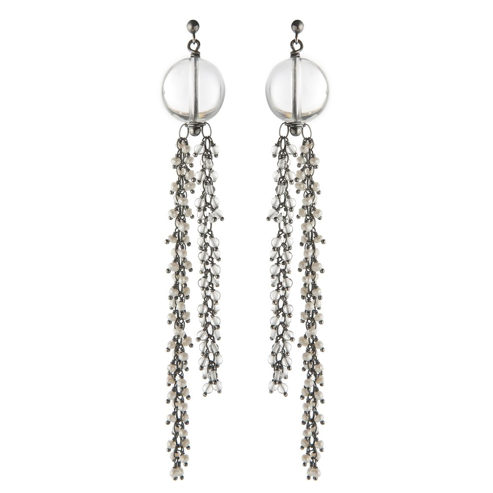 Venus dangle earrings