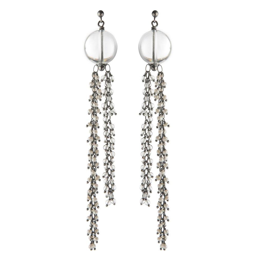 Venus dangle earrings