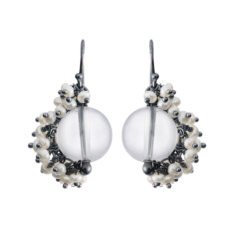 Venus small drop earrings