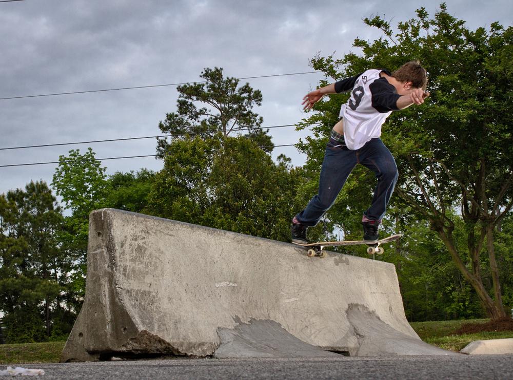 Wells Shaw - Backside Tailslide