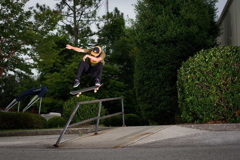 Switch Kickflip