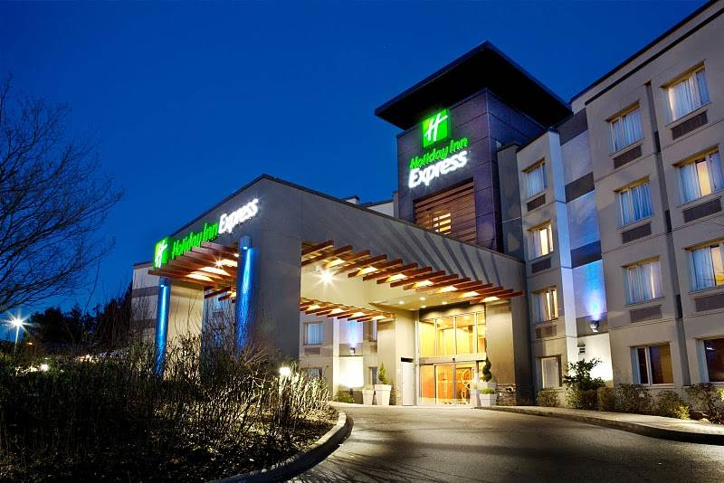 Holiday Inn Express (Langley, BC)