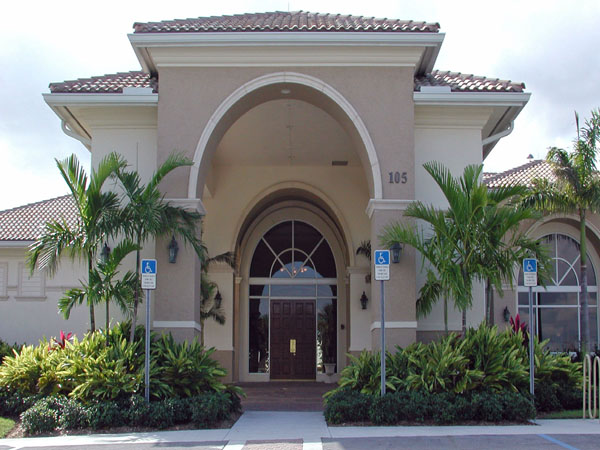 Abacoa Golf Clubhouse Jupiter Florida Entrance Landscaping.jpg