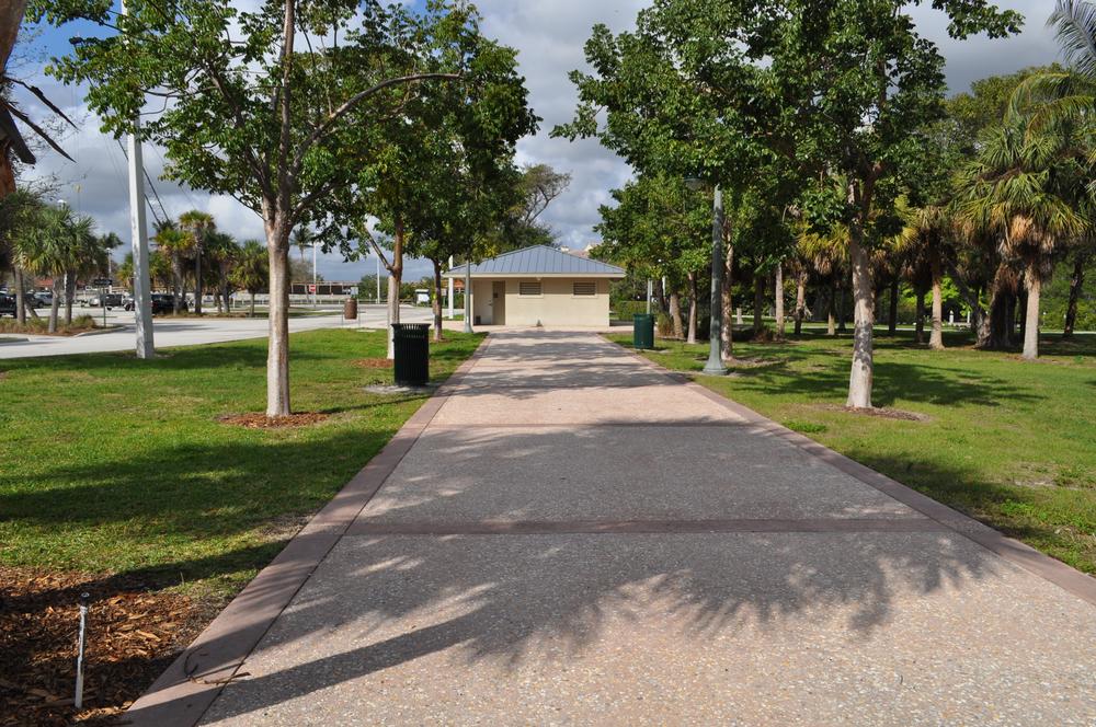 Burt Reynolds Park Palm Beach County Florida Tabby