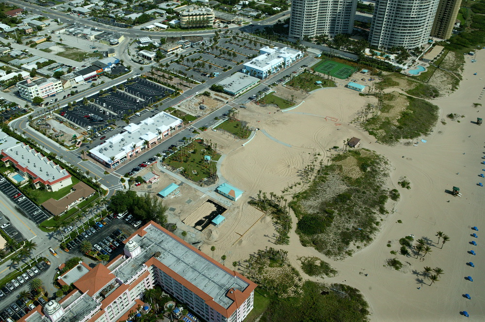City of Riviera Beach Municipal Beach Park Ocean Mall Florida Dune Restoration Plantings.JPG