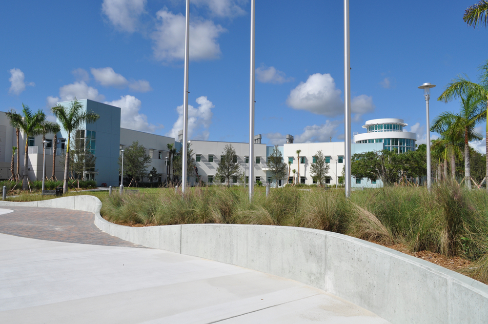 Harbor Branch Oceanographic Institute at FAU Research Laboratory II Curvilinear Wall Native Grasses.JPG
